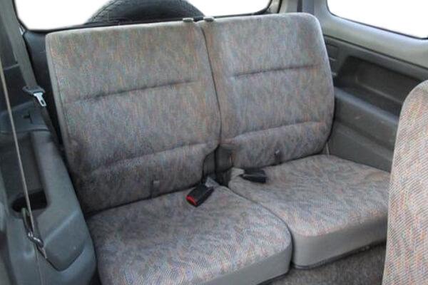 ジムニーJB23-1型 XL 後席シート