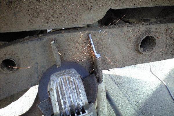 ジムニーJB23 大径タイヤ装着時の干渉ポイント2